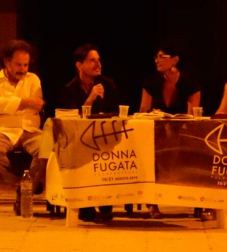S. Schembari introduce un reading di poesia con Fernando Lena, Gabriella Montanari e Maria Grazia Insinga